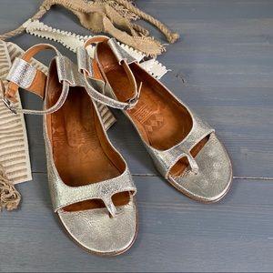 Chie Mihara Joven Sandal Flat